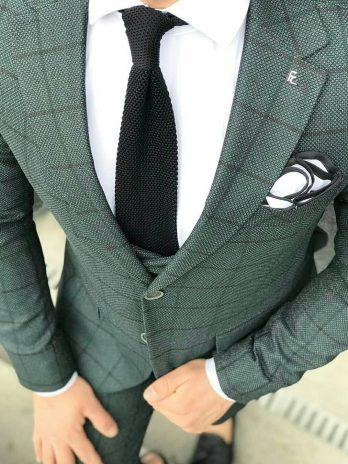 Зеленый костюм-тройка в крупную клетку