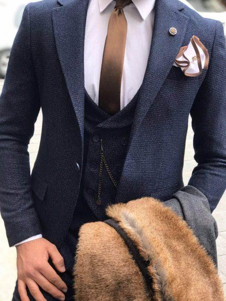 Синий фактурный костюм-тройка